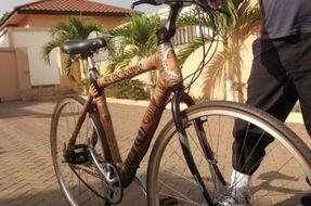 Biciclette in bamboo per riscattare il Ghana