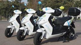 eCooltra, lo scooter sharing con un regalo per gli ecososter