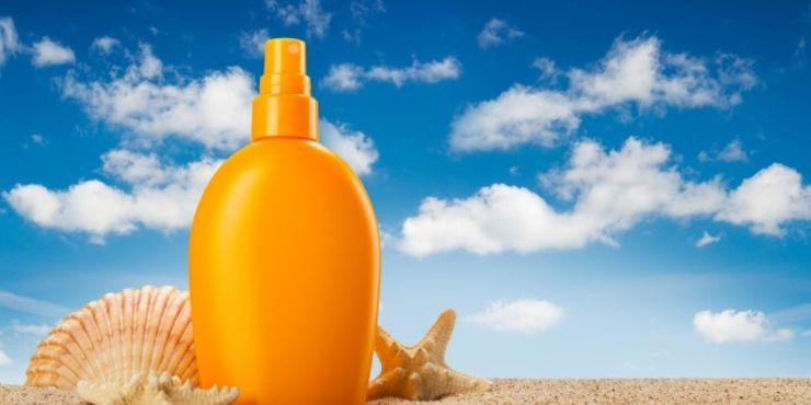 Dalle alghe il primo ingrediente ecologico per le creme solari