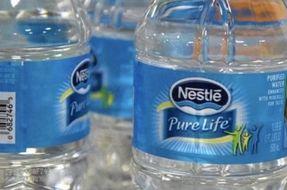 Nestlé annuncia l'addio alla plastica non riciclabile