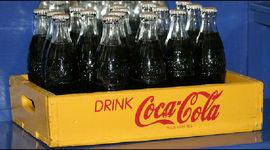 100 anni e una maxi Coca Cola riciclata_ecosost