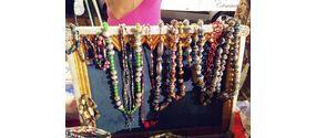 Collane di carta colorati