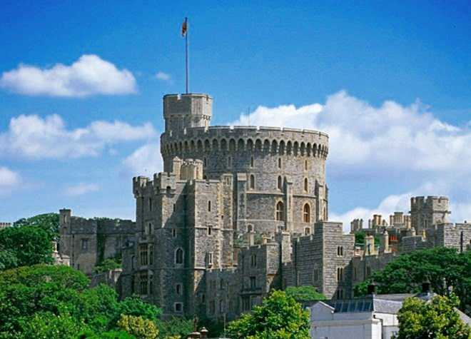 Windsor Castle Tower Sunny Day