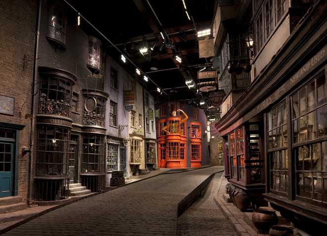 Warner Bros Tour Diagon Alley