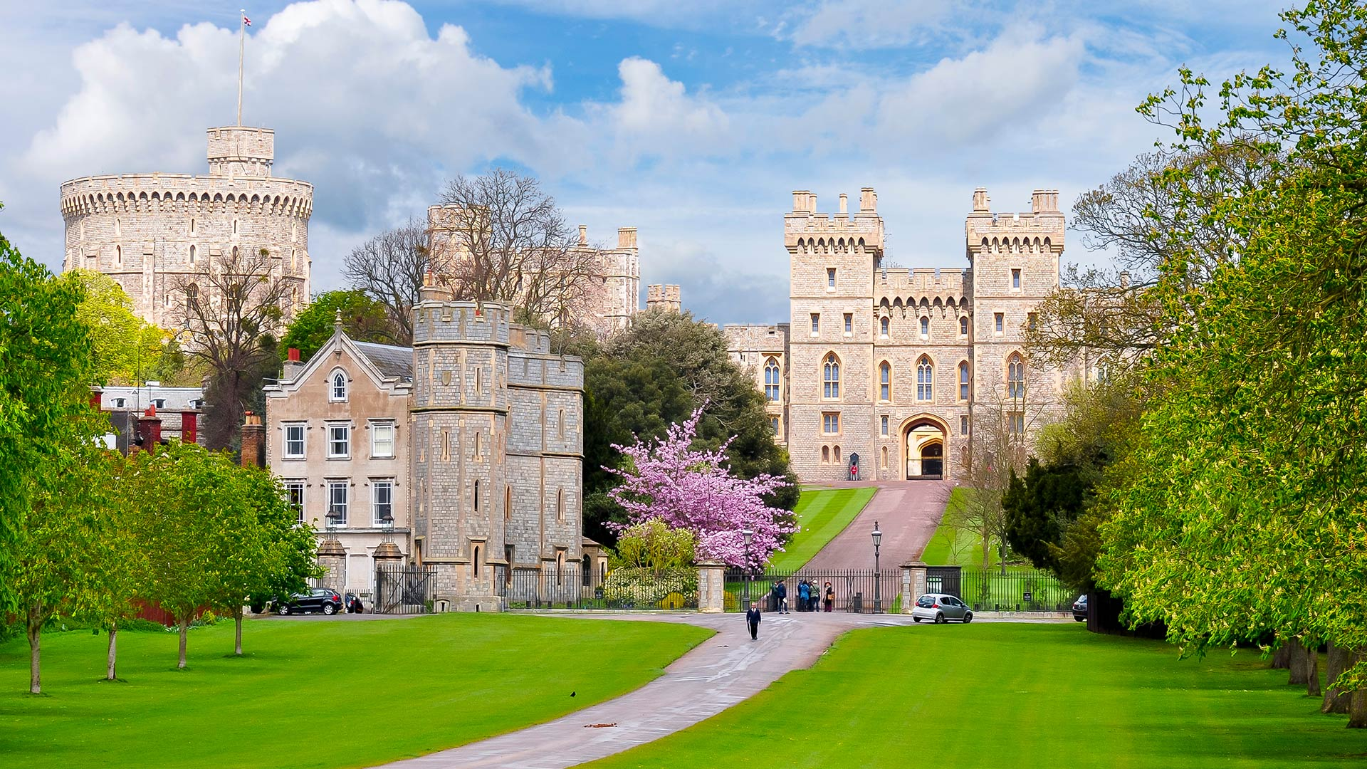 how to travel to windsor castle from london