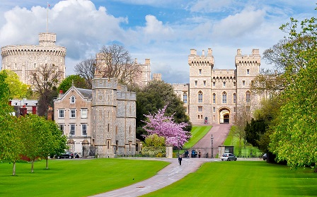 Windsor Castle, Stonehenge and Bath Tour