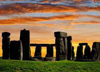Stonehenge Sunrise Close Shot