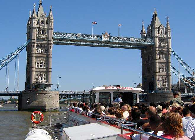 City Cruise Boat Tower Bridge