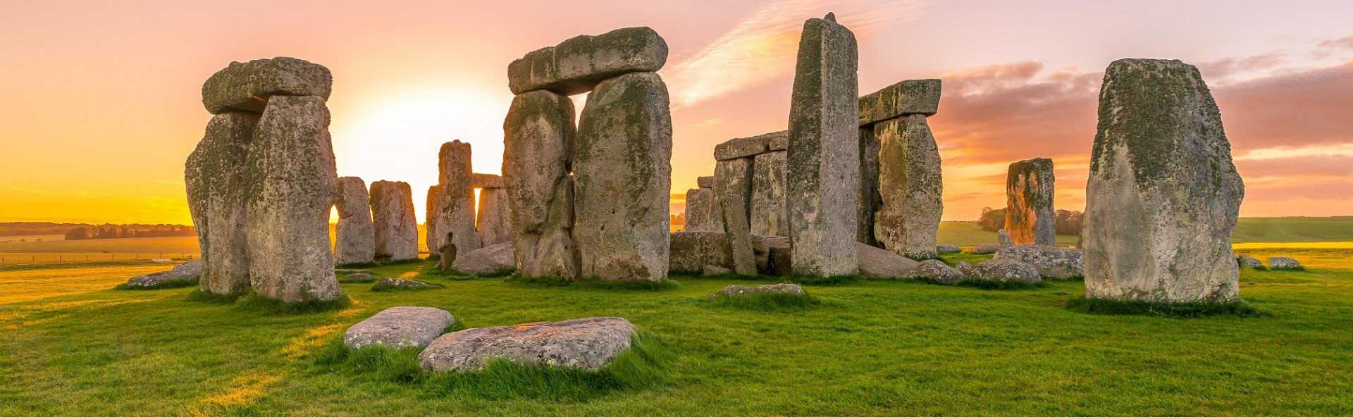 Top Stonehenge tour