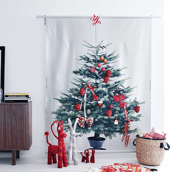 christmas tree decorating ideas christmas decorations good housekeeping. Black Bedroom Furniture Sets. Home Design Ideas