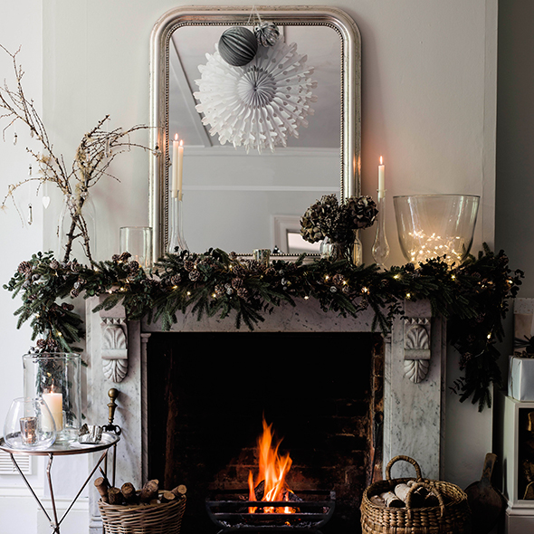 Fireplace Ideas For Christmas