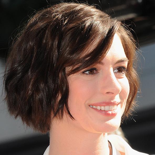 Anne Hathaway Long Bob: Best Celebrity Bob Hairstyles