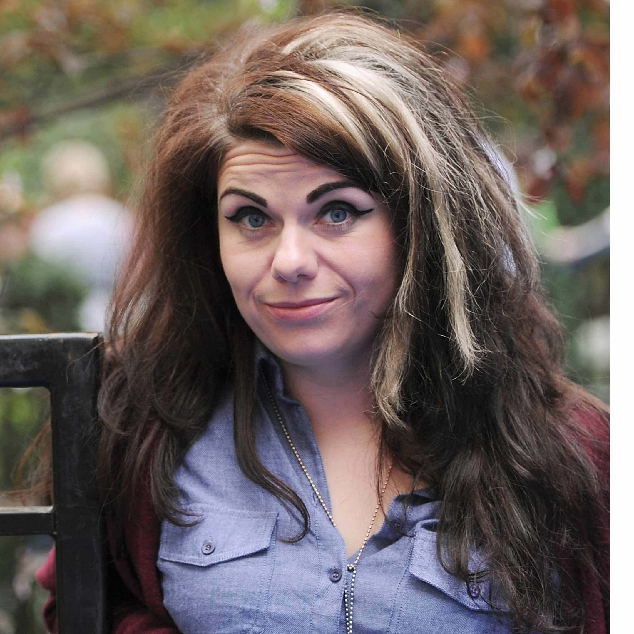 Caitlin Moran Nude Photos 85