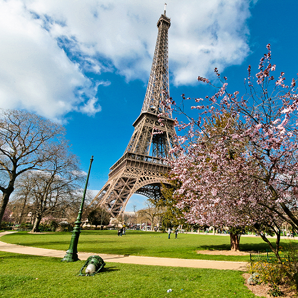 fun things to do in paris holiday ideas good housekeeping. Black Bedroom Furniture Sets. Home Design Ideas