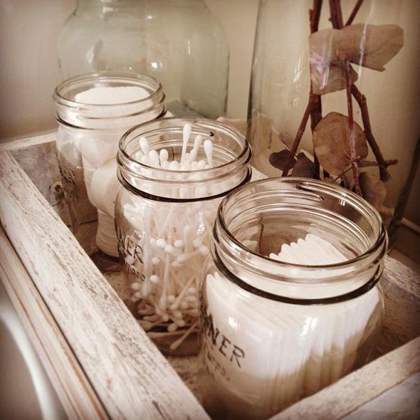 18 game changing bathroom storage and decorating ideas for Bathroom jar ideas