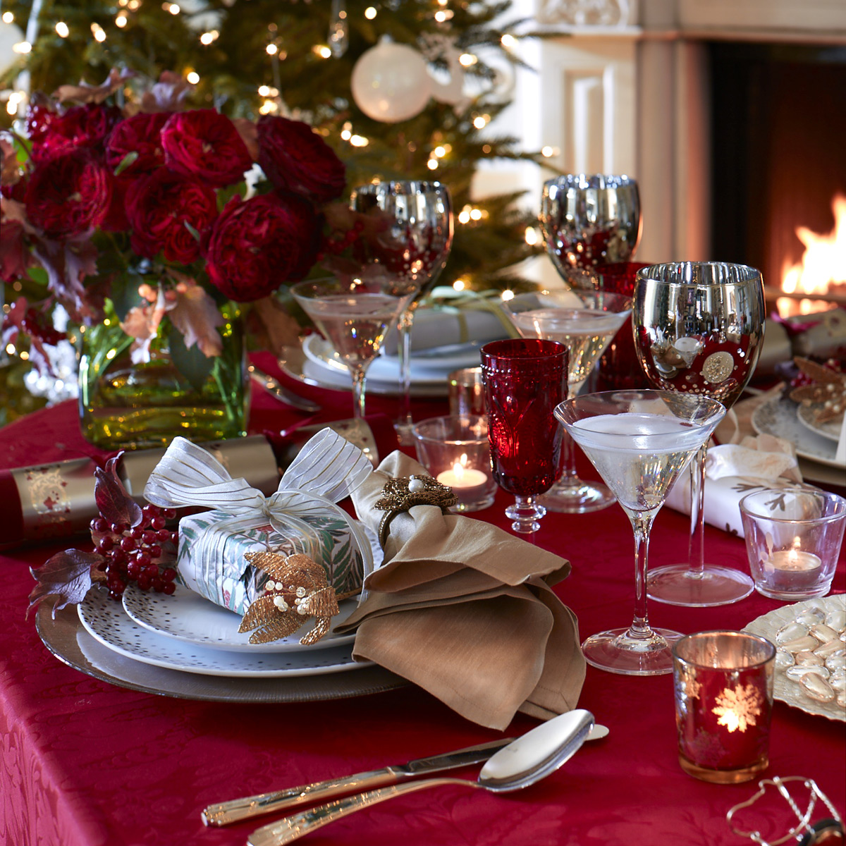 5 ideas for christmas table settings festive decorations for Christmas decorations for the dinner table