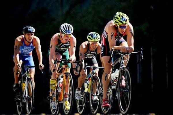 Come pedalare in gruppo in sicurezza