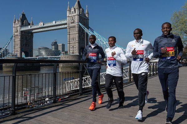 Londra: la maratona si mette la corona