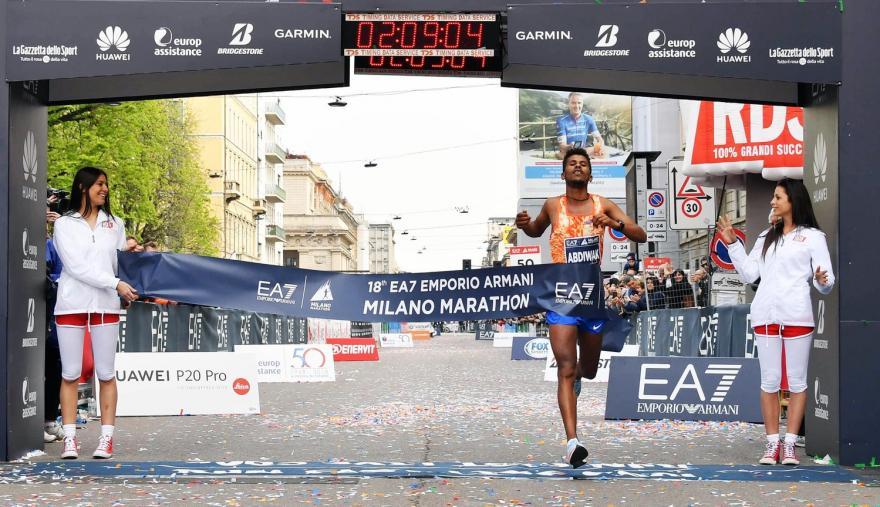 Milano Marathon - arrivo Seifo Tura - foto LaPresse Organizzatori