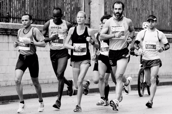 Un protocollo per la caratterizzazione metabolico-meccanica-cinematica del runner