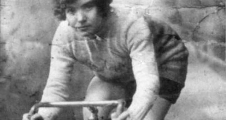 Alfonsina Morini Strada: il diavolo in gonnella