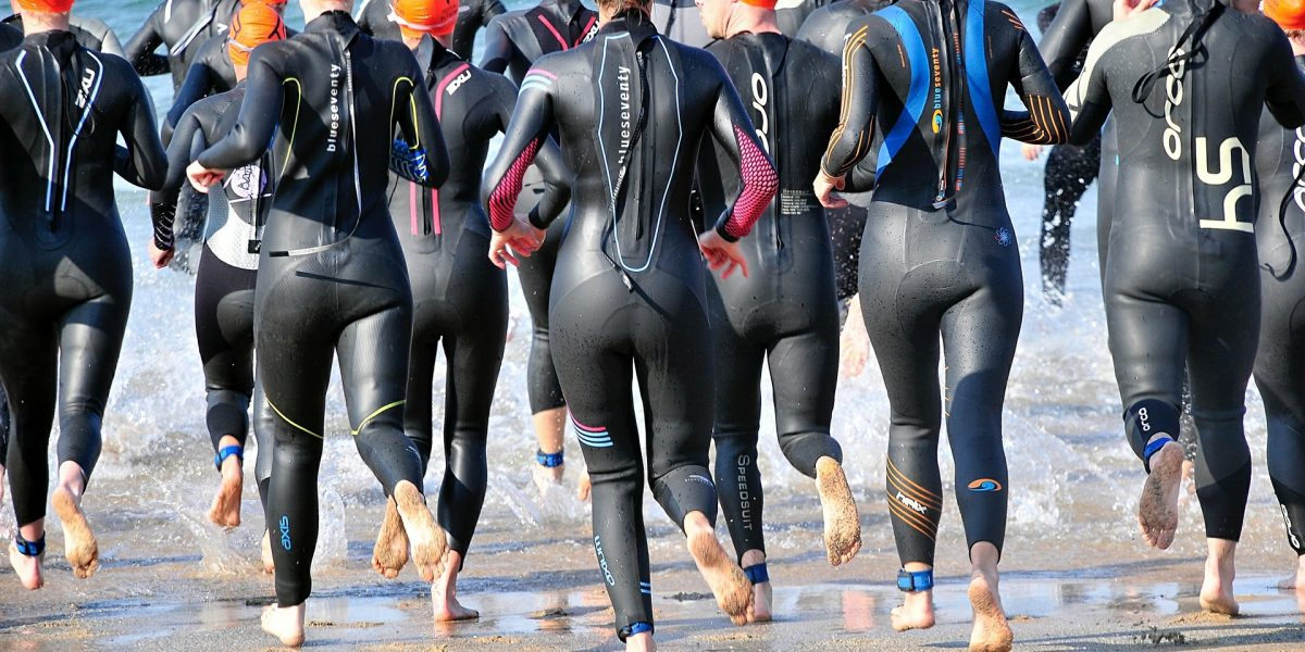 Nuoto in acque libere: 2 allenamenti per aumentare la velocità