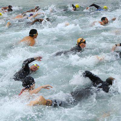 Nuoto perché fa bene. A meno che tu non sia un triatleta