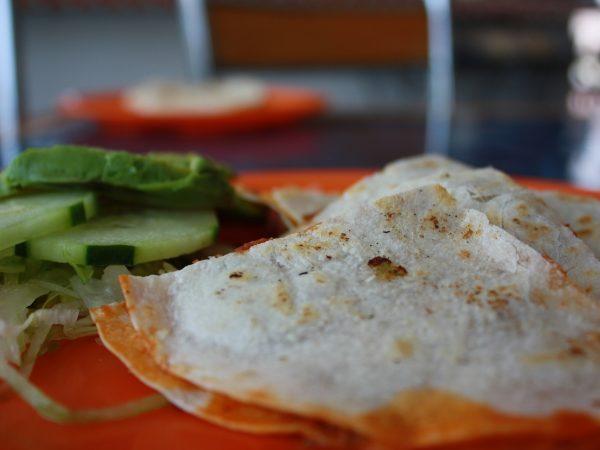 Cena Tex Mex light: chili con piadina al kamut