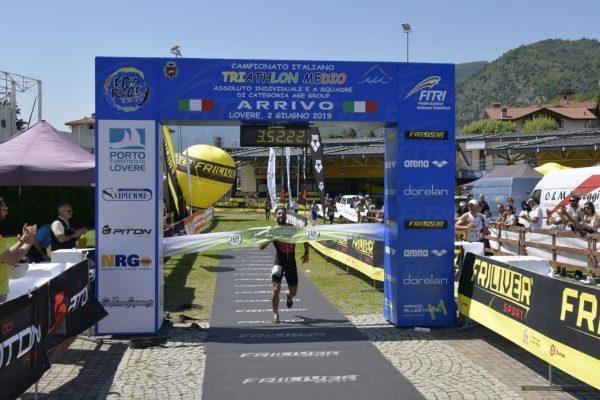 Sono Ceccarelli e Santini i Campioni Italiani di Triathlon Medio 2019