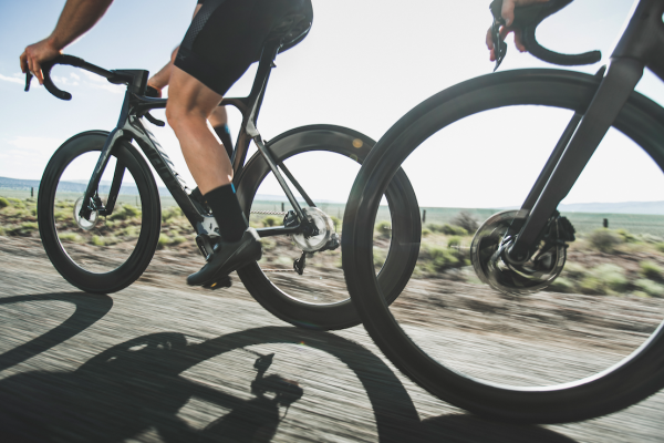 Presentato Cadex, il nuovo marchio di componenti ultra performanti per ciclismo