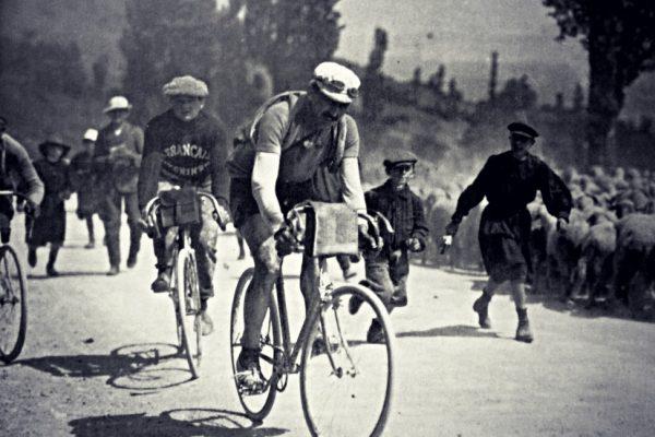 In bianco e nero, alla ricerca della storia della bicicletta e del ciclismo