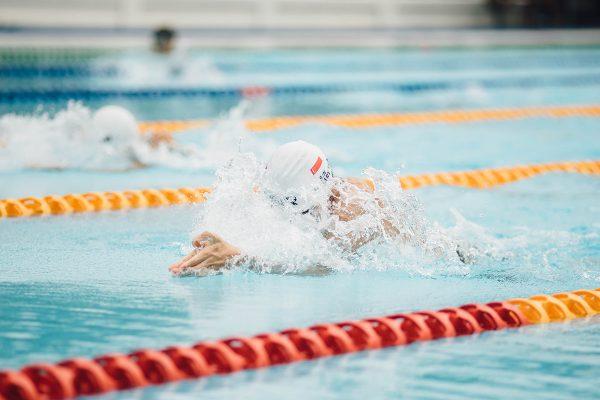 Come nuotare più veloce con 5 aspetti da considerare