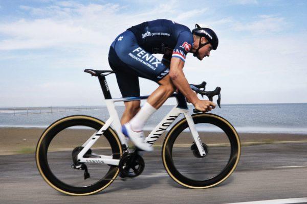 Canyon Aeroad: arte ingegneristica applicata alla bicicletta