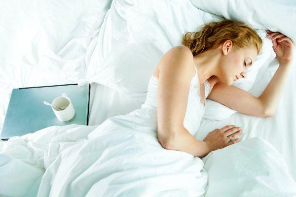 Dormire meglio: 10 consigli per chi non riposa bene