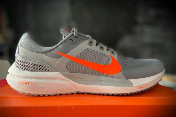 Nike Air Zoom Vomero 15, la prova su strada
