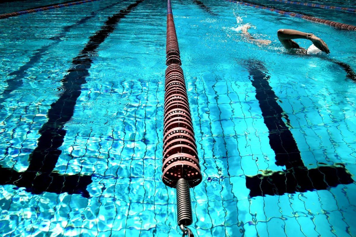 Come periodizzare il nuoto durante l'anno