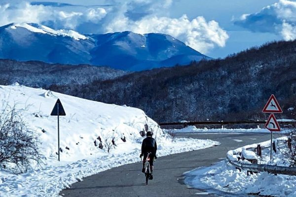 Perché d'inverno si va più piano in bici?