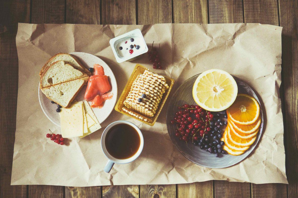 I tre alimenti fondamentali sulla tavola di uno sportivo