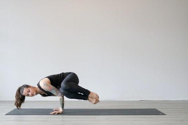 Come si fa Yoga? 5 posizioni per iniziare