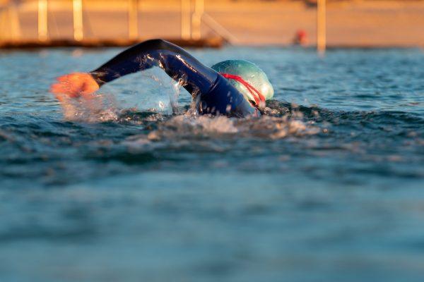 Allenarsi in acque libere: come impostare l'allenamento