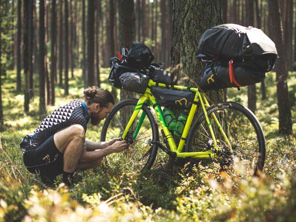 Viaggiare in bici: sensazioni, emozioni e scoperta del territorio