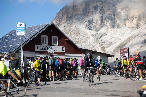 Sellaronda bike day – La festa dei ciclisti