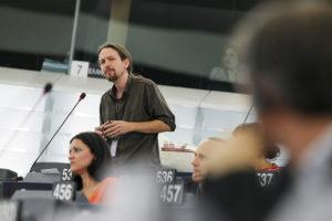 L'eurodiputat Pablo Iglesias, a l'Europarlament d'Estrasburg, en un debat / PARLAMENT EUROPEU