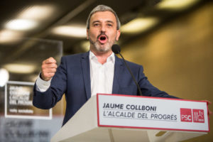 Jaume Collboni, candidat del PSC a Barcelona, durant la campanya / JORDI BORRÀS