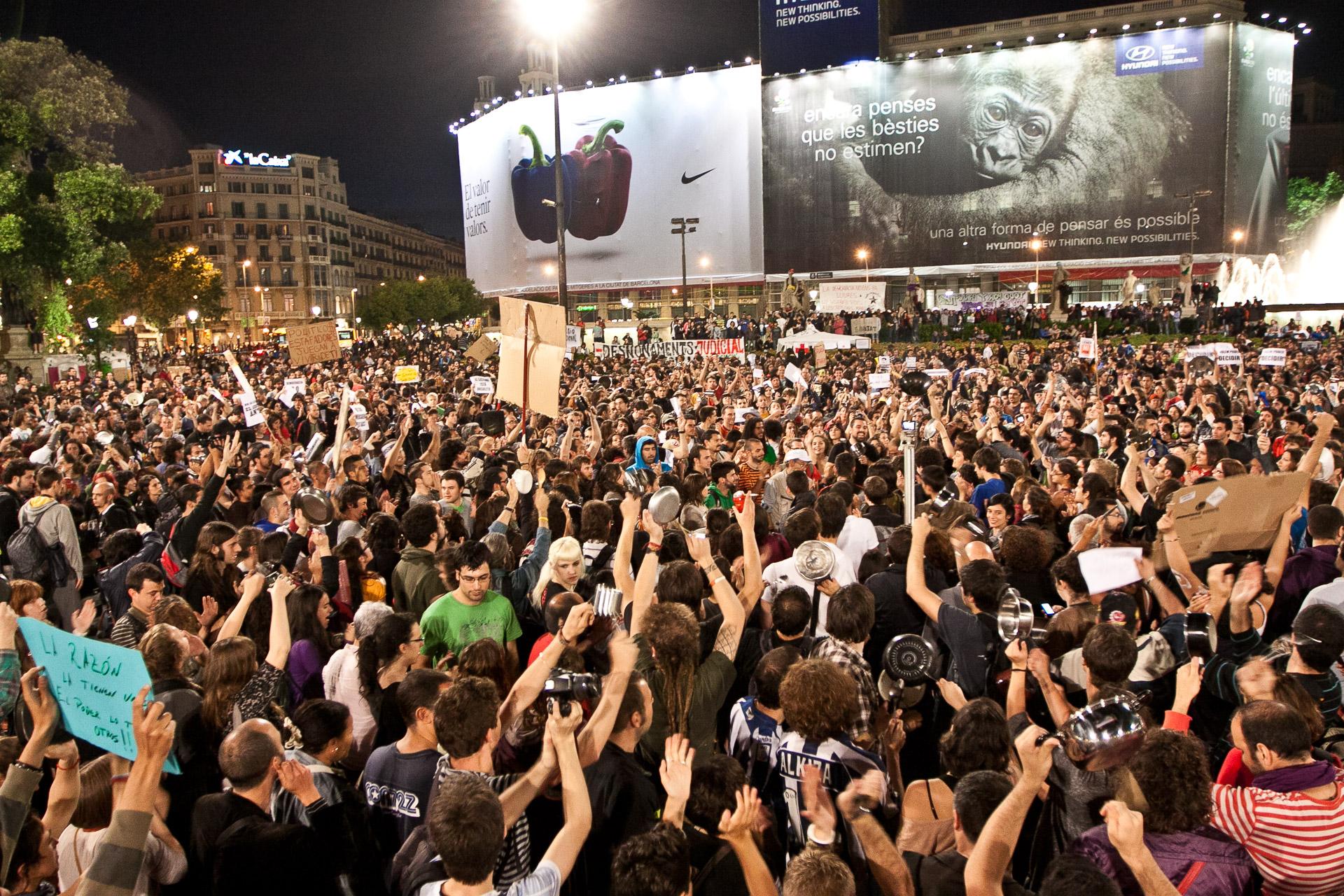 La plaça Catalunya durant el 15-M / Foto: Jordi Borràs