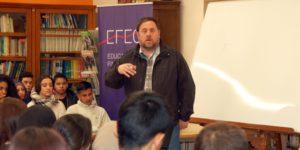 Oriol Junqueras imparteix una classe dins el programa EFEC a un institut / CONSORDI D'EDUCACIÓ DE BARCELONA
