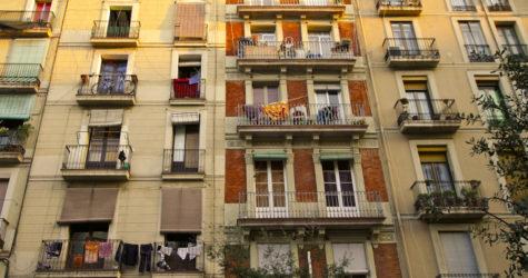 El fantasma de Trump i Le Pen: la nova dreta antiestablishment i antiimmigrant a les perifèries urbanes de Catalunya