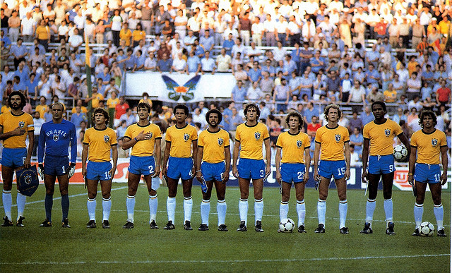 La selecció brasilera de la Copa del Món de 1982 a Espanya: Sócrates és el primer per l'esquerra / Oyosan