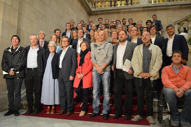 El grup parlamentari de Junts pel Sí. Foto: CDC