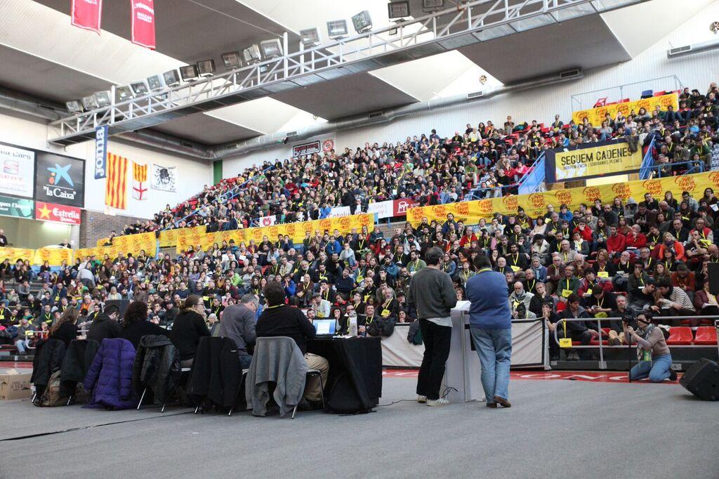 Més de 1.200 persones van participar a l'assemblea de la CUP a Manresa. Foto: CUP-CC